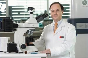 Gino Corsini en Laboratorio (baja)