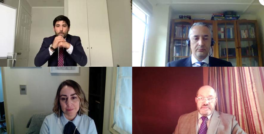 Estudiantes de Derecho rinden su examen de grado online