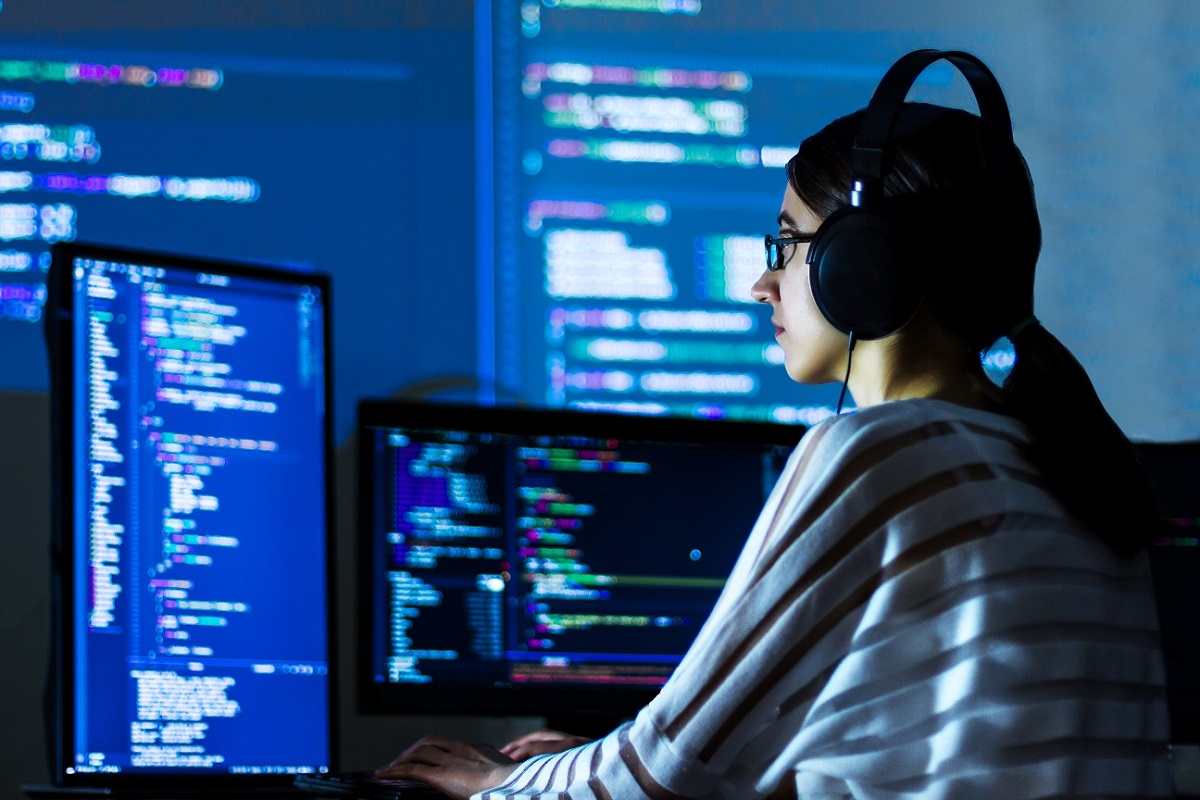 Ingeniería Civil en Informática entrega asesoramiento gratuito a la comunidad