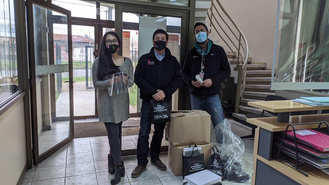 Centro de Transferencia Tecnológica entrega 820 protectores faciales a Teletón