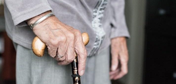 Investigadora de Trabajo Social abordó el perfil de los adultos mayores y su calidad de vida