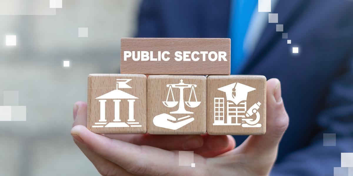 Administración Pública tiene a su primera generación de egresados 2020