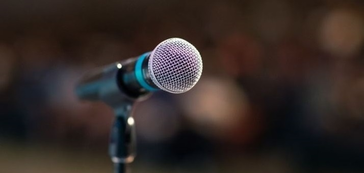Administración Pública premió a estudiantes que participaron en su segundo concurso de debates